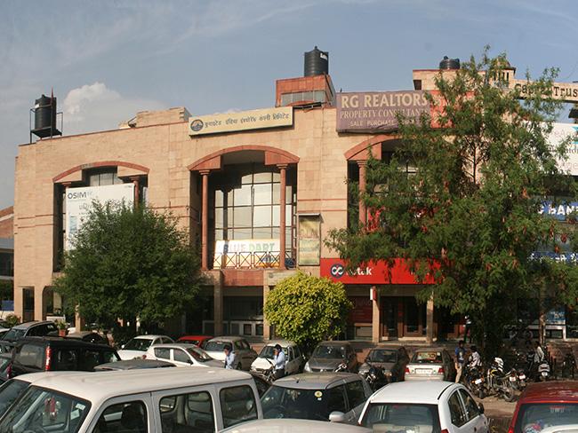 Local Shopping Centre Okhla